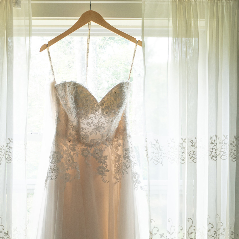 WEDDINGDRESSES.CO